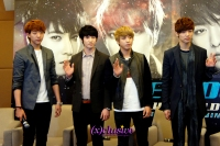 (x)clusive!: CNBLUE thanks Singapore fans at BLUE MOON Press Conference