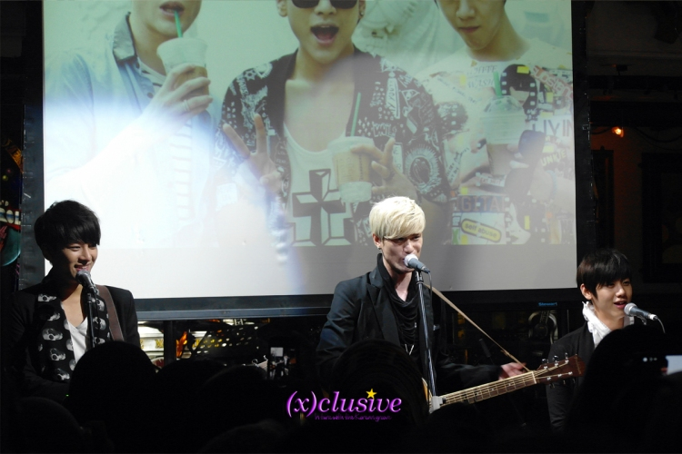 Lunafly in Singapore
