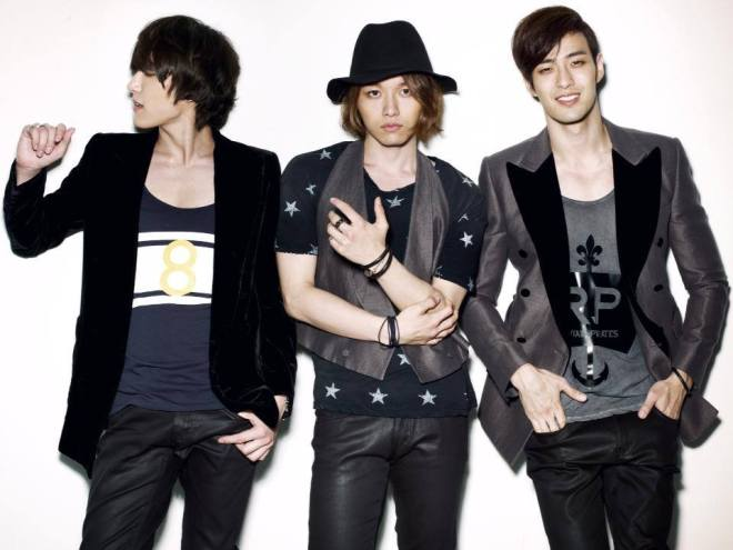 Royal_Pirates_2