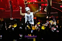 (x)clusive!: Taeyang charms, teases and finds himself a girl